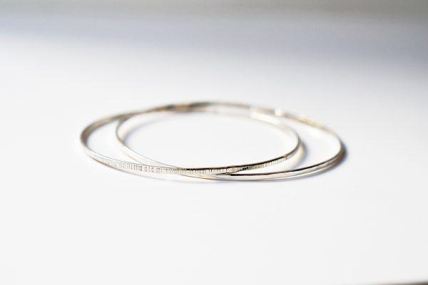bracelet jonc entrelacé