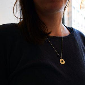 médaille collier oeil bijoux créateur