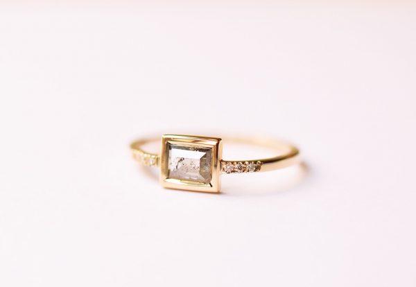 bague diamant rectangle salt and pepper gris fiançailles géométrique lyon bijoux créateur