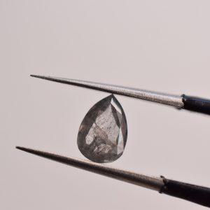 diamant poire gris poivre et sel
