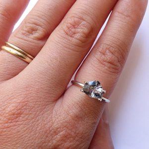 spinelle grise bijoux sur mesure lyon