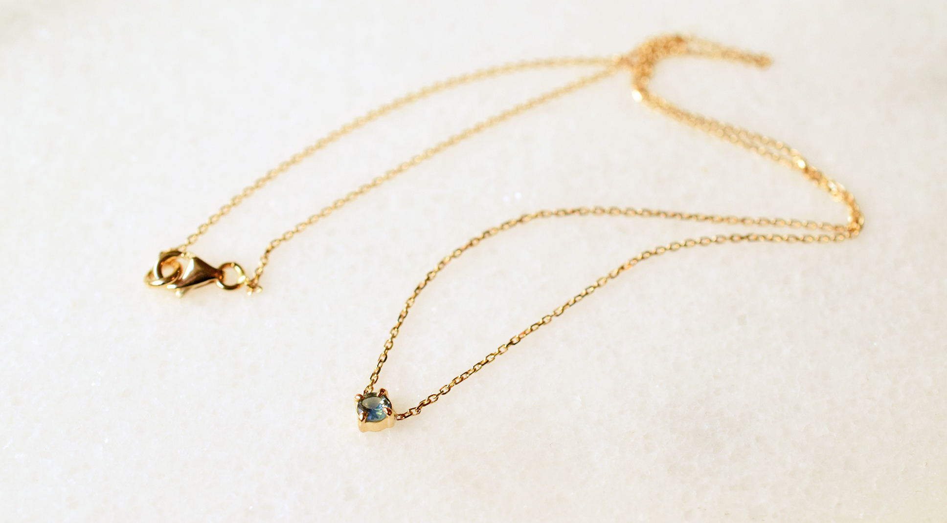 collier fin or saphir bijoux lyon
